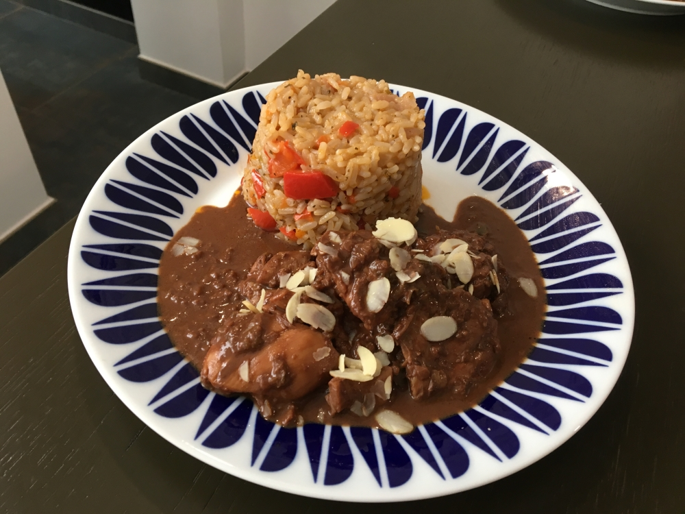 Pollo al Chocolate
